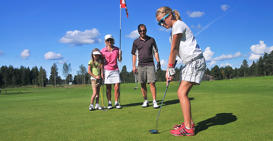 Impara a giocare a golf gratis, ecco dove
